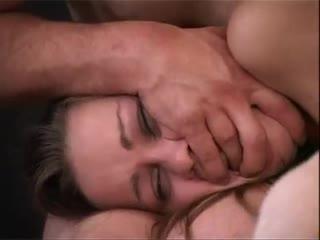 Через силу ебут толпой молодую брюнетку,маленькие сиськи,генгбенг,буккаке,gangbang,bukkake,порно,porno,анал,жесткое,сперма