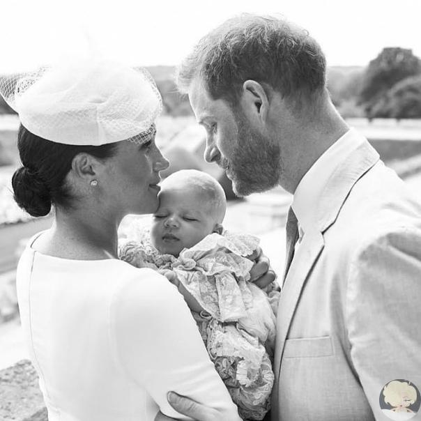 Опубликованы фото с крещения сына Меган Маркл и принца Гарри