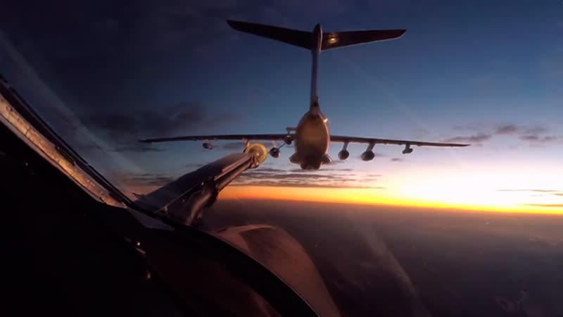 Ночная дозаправка «Белого лебедя»: кадры с борта Ту-160