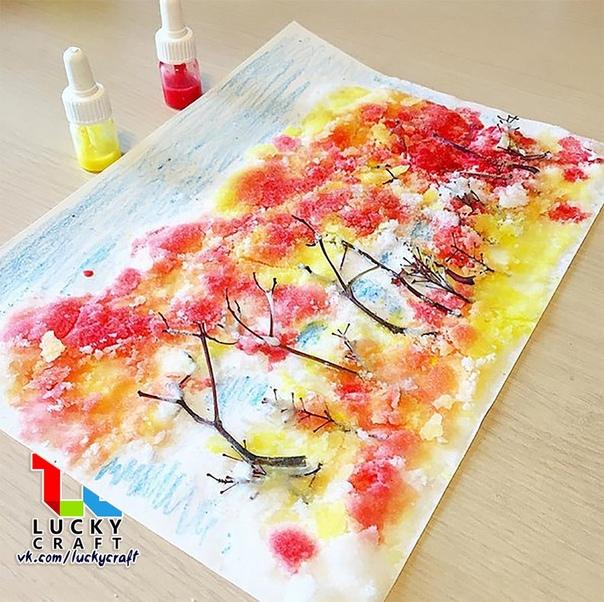 Урок нетрадиционного рисования: Осенний лес Материалы: Веточки, клей ПВА, плотный альбомный лист бумаги, краски, пипетка. Ход работы: 1. Веточки приклеиваем клеем ПВА и им же густо заливаем