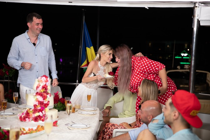 Про свадьбу Шабарина и Розалии
