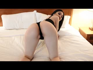 Camila - She Surprises Her Boyfriend In Sexy Lingerie And Fucks