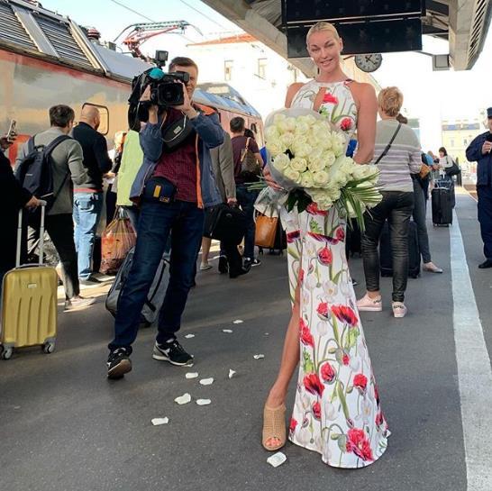 Анастасия Волочкова приехала в Питер!