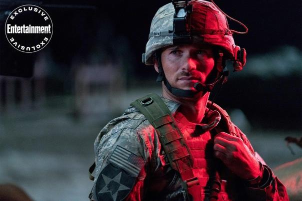 Орландо Блум и Скотт Иствуд на первых кадрах и в трейлере военного боевика «Форпост»