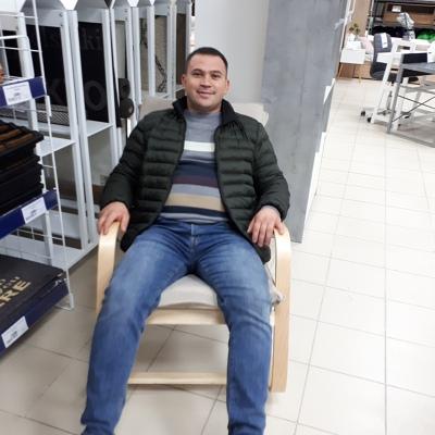 Vlad, 27, Comrat
