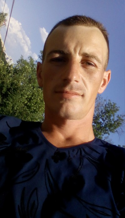 Анатолий, 26, Novorossiya
