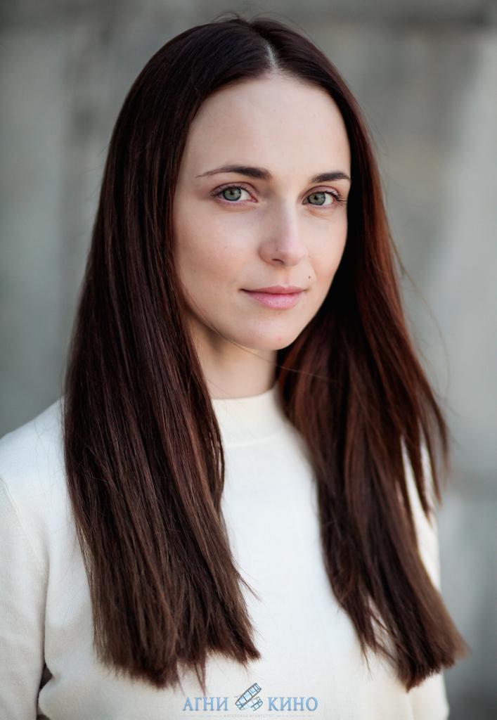 Фото подборка с актрисой Анной Снаткиной.