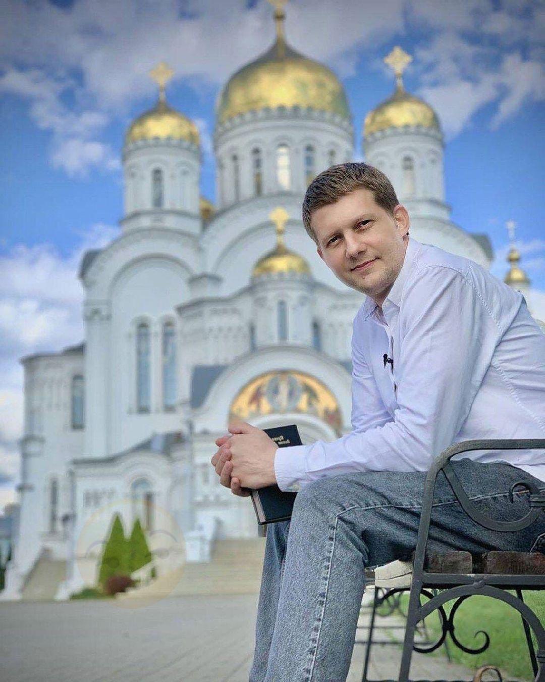 Борис Корчевников уже много лет борется с последствиями серьезного заболевания