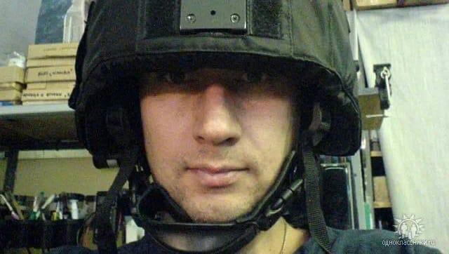 Мужчина зашёл в ОМВД по району Преображенское и направил пистолет на полицейского.