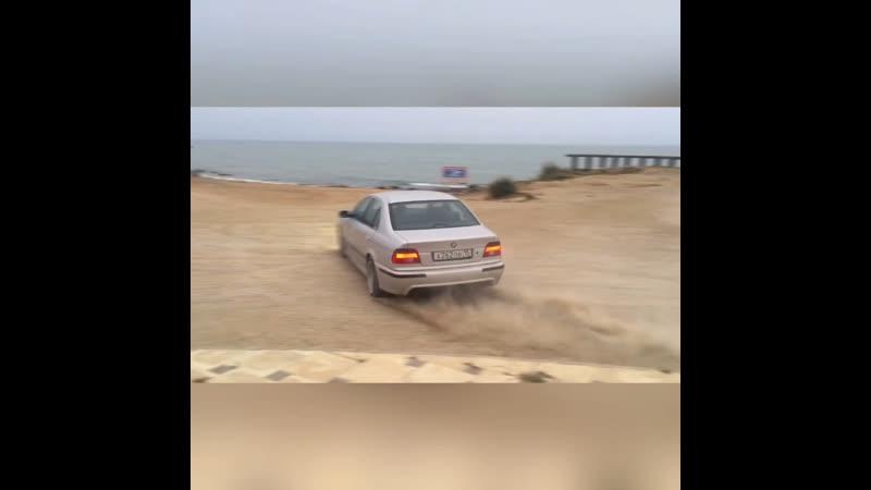 БМВ е39
