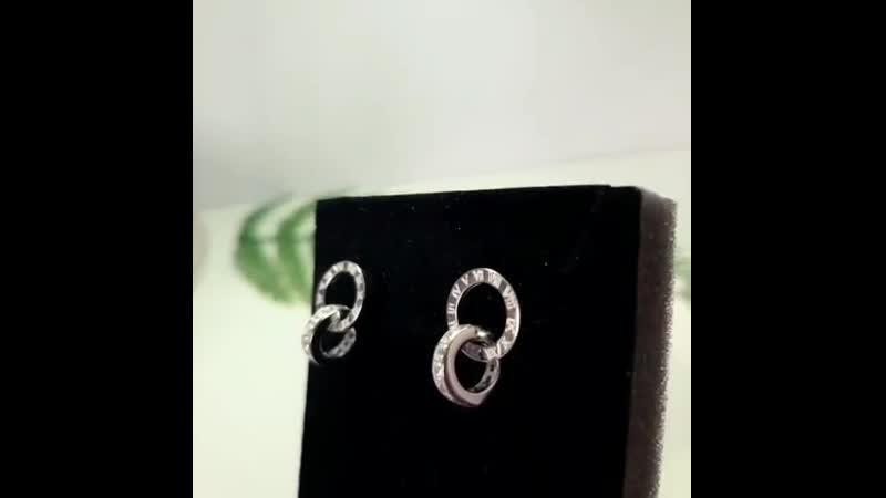 Серьги пусеты Римские цифры с кубическими цирконами Серебро 925 родирование белое золото 18К Цена 1100р Для заказа пиши