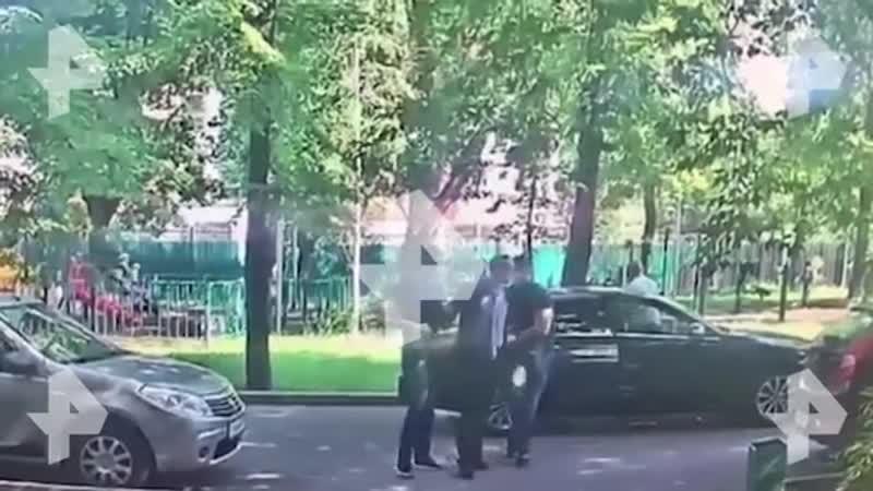 РЕН ТВ публикует новые кадры задержания советника главы Роскосмоса