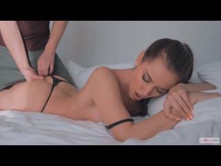 Домашнее порно с Кристиной  (русские титры tits, anal, brazzers, sex, porno, milf мамка озвучка перевод на русском)