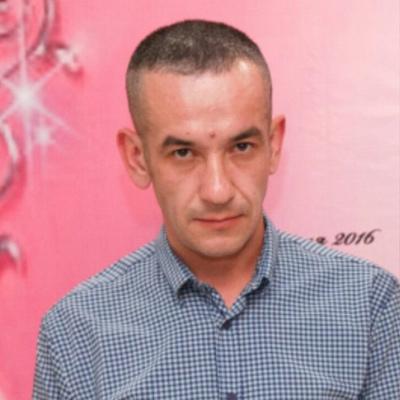 Гадиль, 40, Arsk