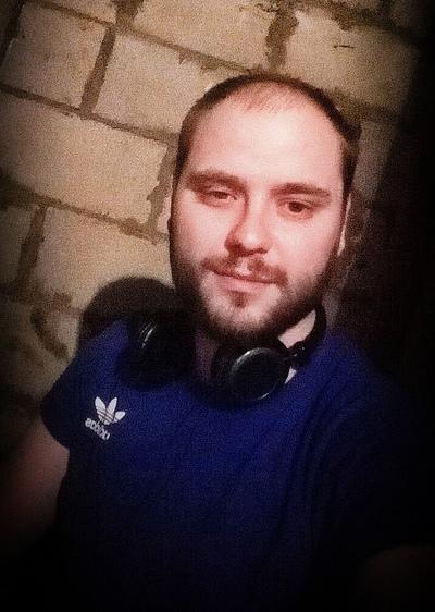 Роман, 26, Kinel'-Cherkassy