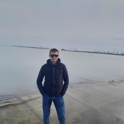 Михаил, 25, Kerch