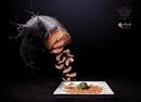 Реклама ресторана Pekao, где рыбу подают прямо из моря: Любой выбор — хороший выбор