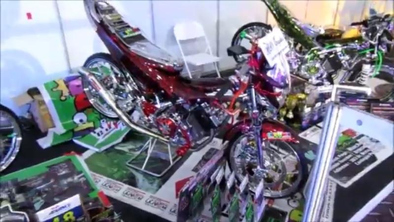 Красивейшие светяще сверкающие мотоциклы Обалденное видео