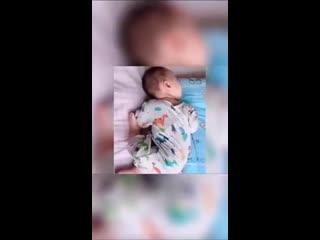 Как спят детки! ))