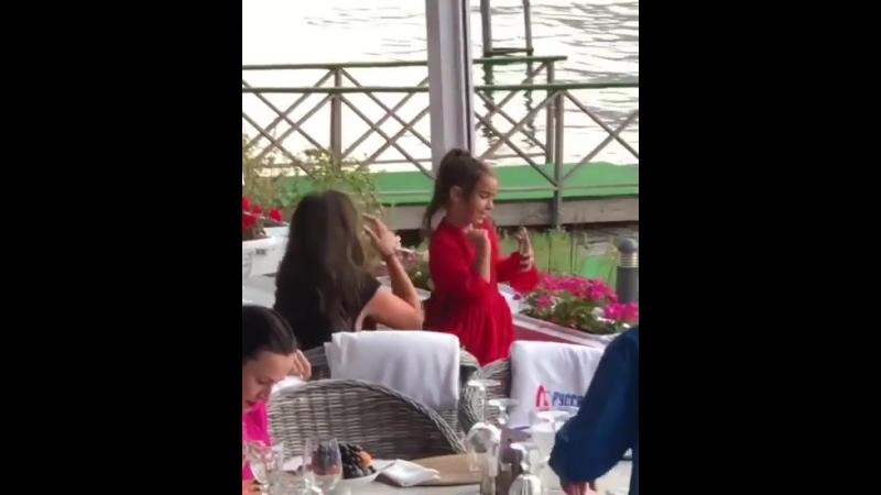 Ани Лорак с дочерью Софией на музыкальном фестивале Лето Life - 2018 в Shore House, 16-08-2018